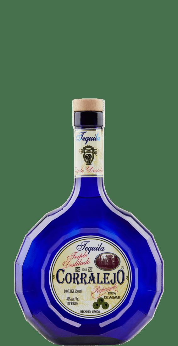 Triple Distilado Reposado bottle